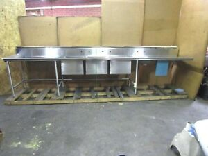Eagle 14 x30 3 Bay Bowl Compartment Stainless Sink W Garbage Disposal Bowl