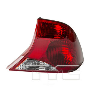 Right Tail Light Assembly For 2000 2003 Ford Focus 2002 2001 Tyc 11 5375 81