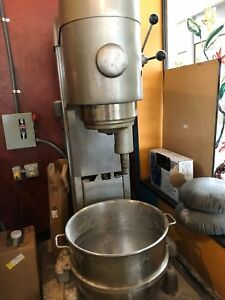 Hobart M 802 80 Qt Mixer 3 Phase 208v Runs Great