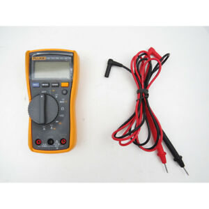 Fluke 115 True rms Compact Digital Multimeter