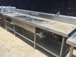 10ft Stainless Steel 2 Compartment Sink table