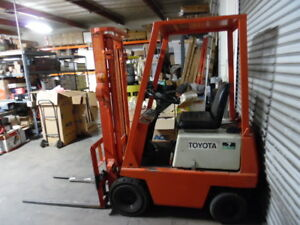 Toyota Electric Forklift 2 000 Lbs