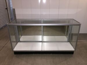Lighted Glass Jewelry Display Cases Retail Store Fixture