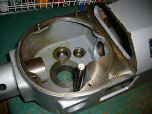Transmission Housing Gear Case Hobart A200 Mixer Centrifugal Start Sw Model