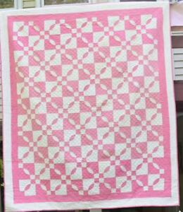 Antique Quilt Pink And White Lover S Knot With Double Borders 18309