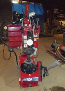 Hunter Tc3700 Rim Clamp Tire Changer