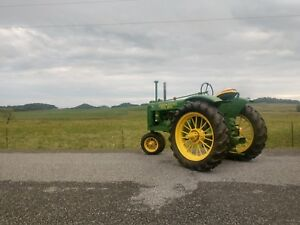 1938 Unstyled G John Deere With Round Spokes