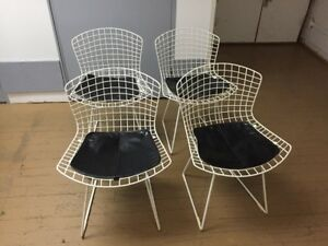 1960s Mid Century Modern Knoll White Wire Chairs Set Of 4