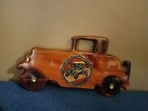 Vintage Wood Car Clock With A Great Lacquer Finish 14x7
