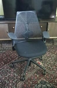 Sayl Chair By Herman Miller Basic Authentic Brand New Warranty In Stock Black