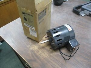 Dayton Ac Motor 3m576a 1 10hp 1550rpm 115v 60hz 1ph New Surplus