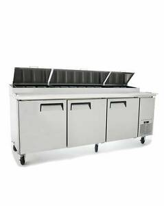 New 93 Refrigerated Pizza Prep Table 3 Doors 12 Pans 19 5 Deep Board Free Lift