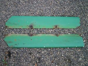 John Deere Gator Amt 600 622 626 Box Fenders Pair Used