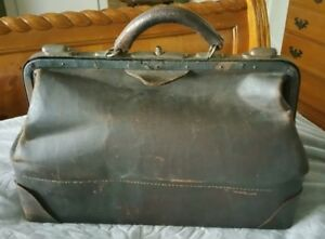 Scarce Antique Vintage All Leather Doctor Medical Bag