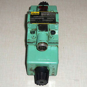 Used Parker D3w4c56y 14 Hydraulic Valve 110 120v 50 60hz 0 72 0 75a 3000 Psi