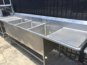 10ft Stainless Steel 3 Compartment Sink table