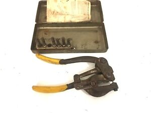 Roper Whitney No 5 Jr Hand Punch Made In Usa With Metal Case Dies Punches