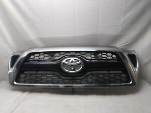 Toyota Tacoma Oem Front Upper Grille 2005 2006 2007 2008 2009 2010 2011
