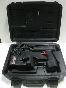 Nice Snap on Tools Ct30 3 8 9 6v Cordless Electric Impact Wrench In Orig Case