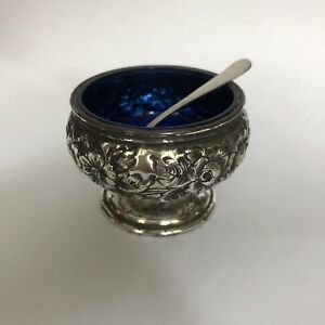 Quaker Silver Co Gorham Floral Sterling Silver Blue Cobalt Glass Salt Cellar