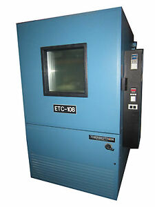 Thermotron Sm 32c Water Cooled Environmental Temperature Humidity Test Chamber