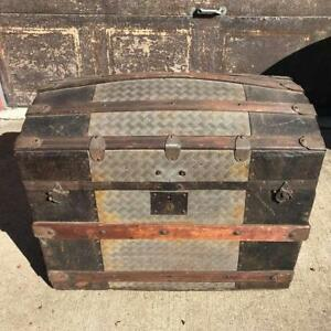 Antique Humpback Camelback Steamer Trunk Wood Pirate Treasure Chest 1800 S