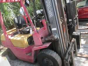 World Lift Wfd50 5000lb Diesel Forklift 189 Max Lift Pneumatic Tires