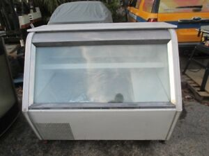 Indufrial 52 Full Service Refrigerated Deli Display Case Cold Merchandiser