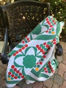 Antique Quilt Christmas Trees Red And Green 17835