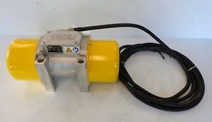 Wacker Neuson Ar 54 3 6 460 External Electric Vibrator Precast Table Feeder