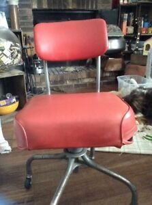 Vintage Steelcase Red Office Swivel Chair Industrial Mid Century Jan 27 1966