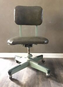 Vintage Mid Century United Chair Industrial Machine Age Metal Office Chair Stool