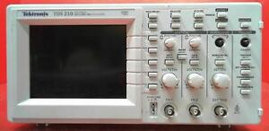 Tektronix Tds210 Digital Storage Oscilloscope Sn b121482