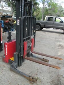 Raymond Rss40 4000lbs Walk Behind Walkie Straddle Stacker 24v 128 Height