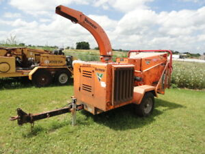 2010 Vermeer Bc1000xl Wood Chipper Self Feed Has Hole In Block Needs Repair