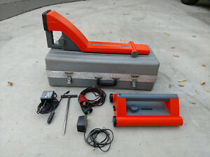 Metrotech 9860xt Underground Cable Pipe Line Locator Set W Case