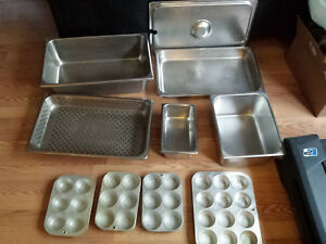 10 Piece Used Stainless Steam And Aluminum Cupcake Pan