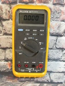 Fluke 85 Multimeter With Case