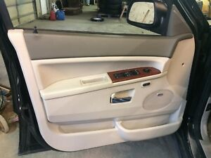 2005 2007 Jeep Grand Cherokee Left Front Driver Side Front Door Panel