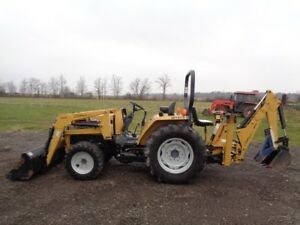 2002 Challenger Mt275 Tractor loader backhoe 4wd R4 s And Turf Tires 496 Hrs