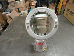 Crouse Hinds qbe 500 Explosion Proof Floodlight Class 1 Groups B