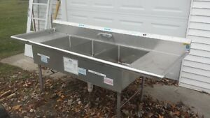96 X 36 Stainless Steel 3 Bowl Commercial Sink With Legs Used
