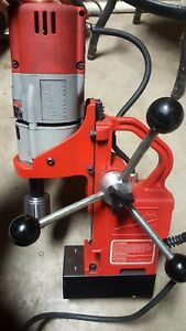 Milwaukee 1 2 Electro Magnetic Drill Press 120v 600 Rpm Forward Only