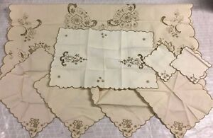 Vintage Hand Embroidered Madiera Tablecloth Tea Napkins Runner