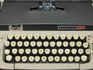 Vintage 1963 Smith Corona Classic 12 Typewriter