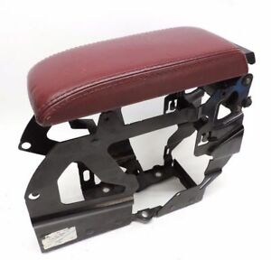 Volkswagen Vw Beetle Convertible 2005 06 Center Armrest With Bracket Red Leather