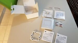 Carrier 33cs2pp2s 03 Edge Pro Programmable 2 Stage Thermostat Nib