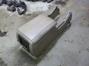 03 04 05 06 Ford Expedition Oem Tan Center Console Armrest Rear Heat Control 12v