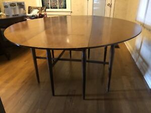 Mid Century Heritage Henredon Gateleg Dining Table