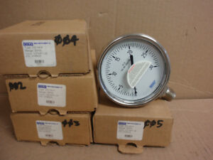 9745629 Wika New In Box Hydraulic Pressure Gauge 4 1 2 Npt 0 30 Psi